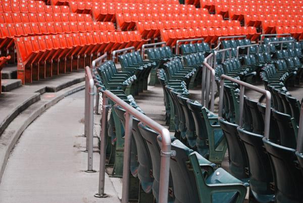 市民球場の内野席その4