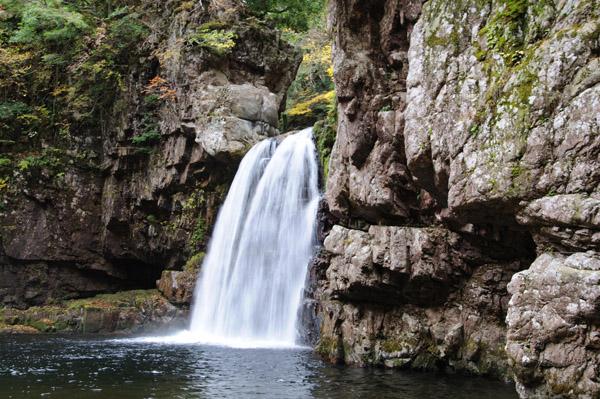三段峡の二段滝