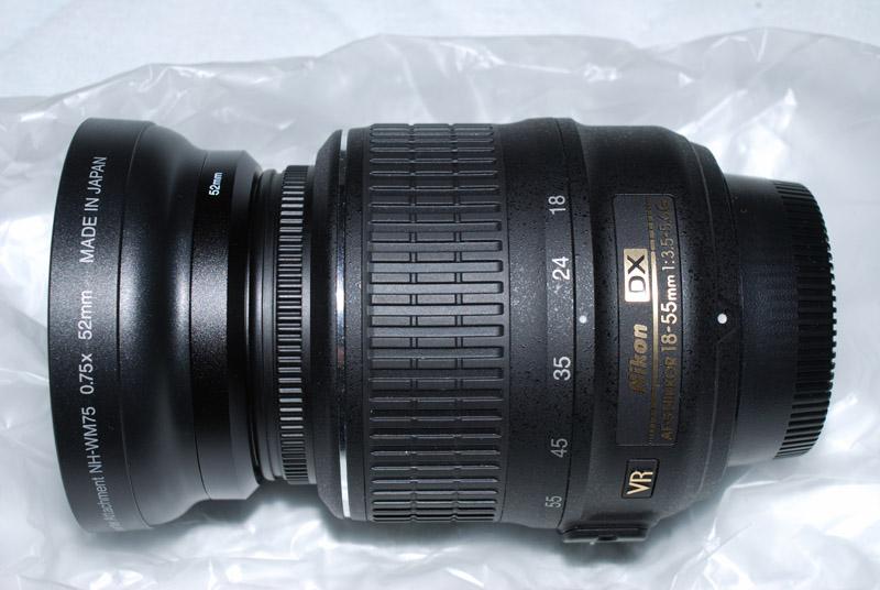 レンズに装着したNH-WM75