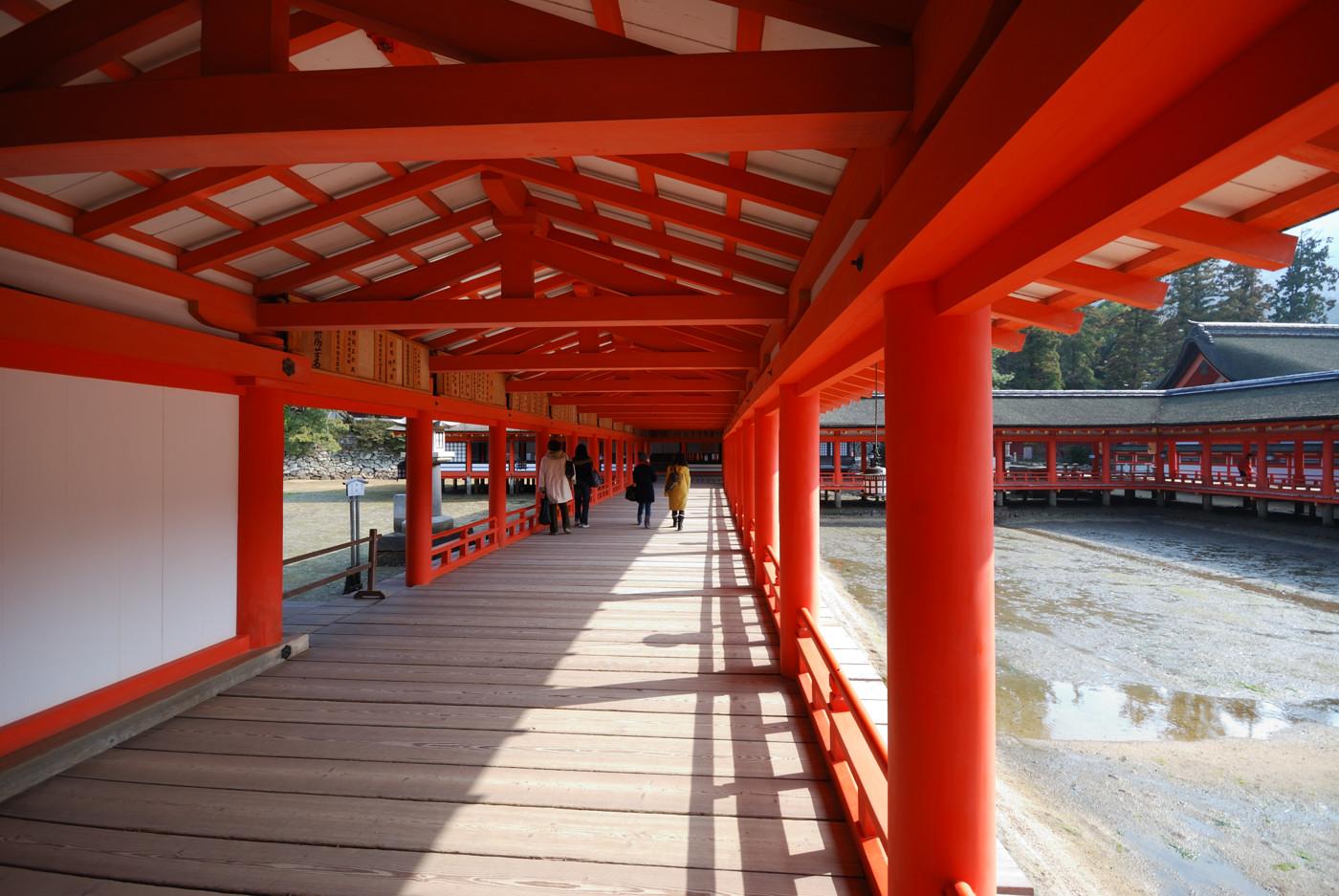 厳島神社の中から撮影その2