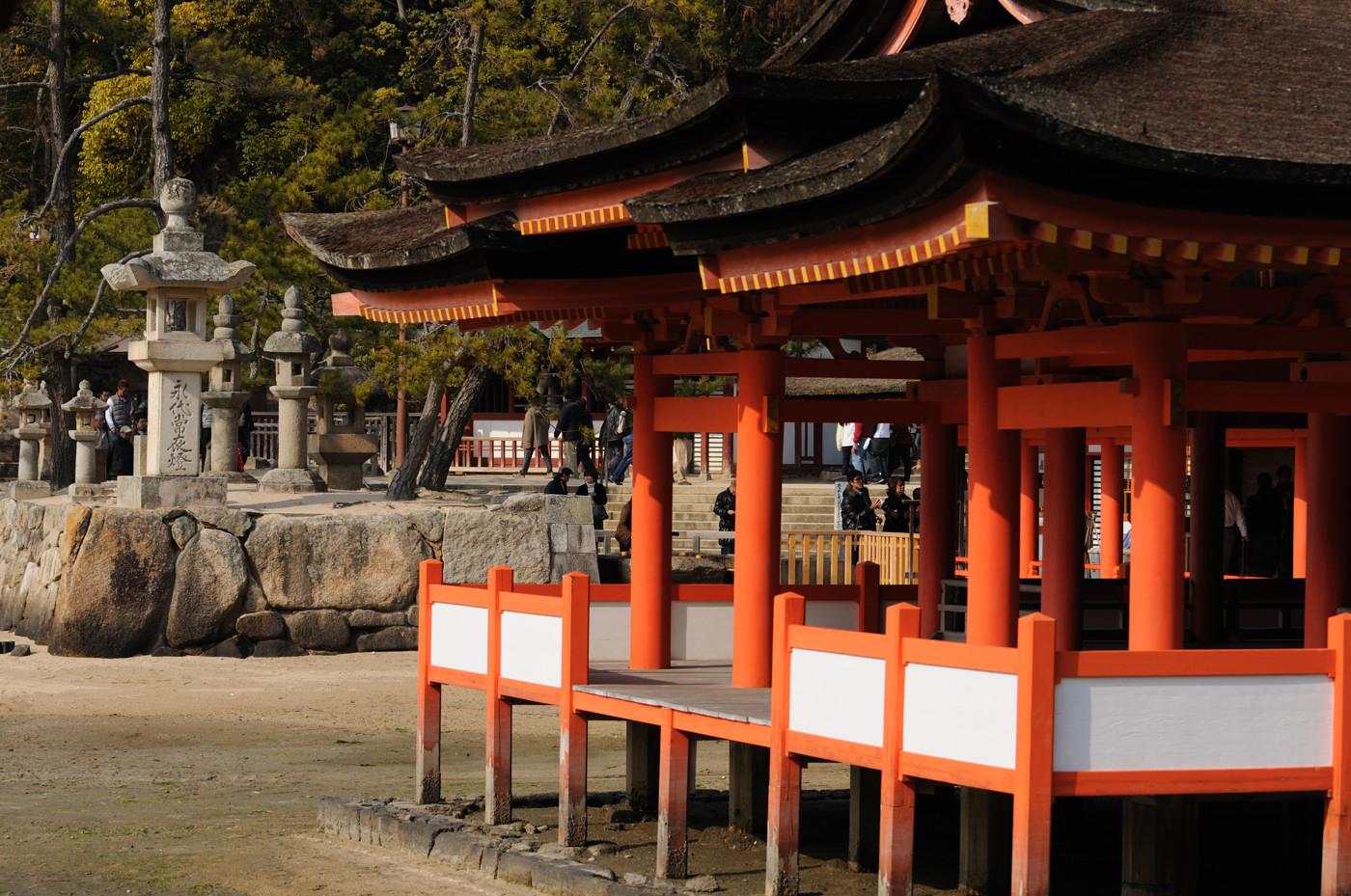 厳島神社の本殿から撮影