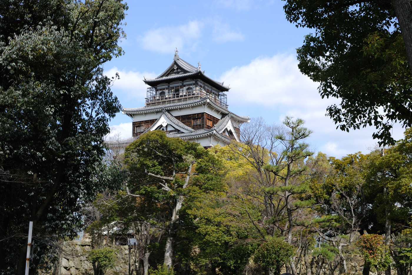 35mm F1.8Gで広島城