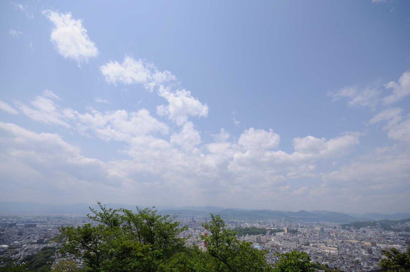 黄金山から超広角で広島市内