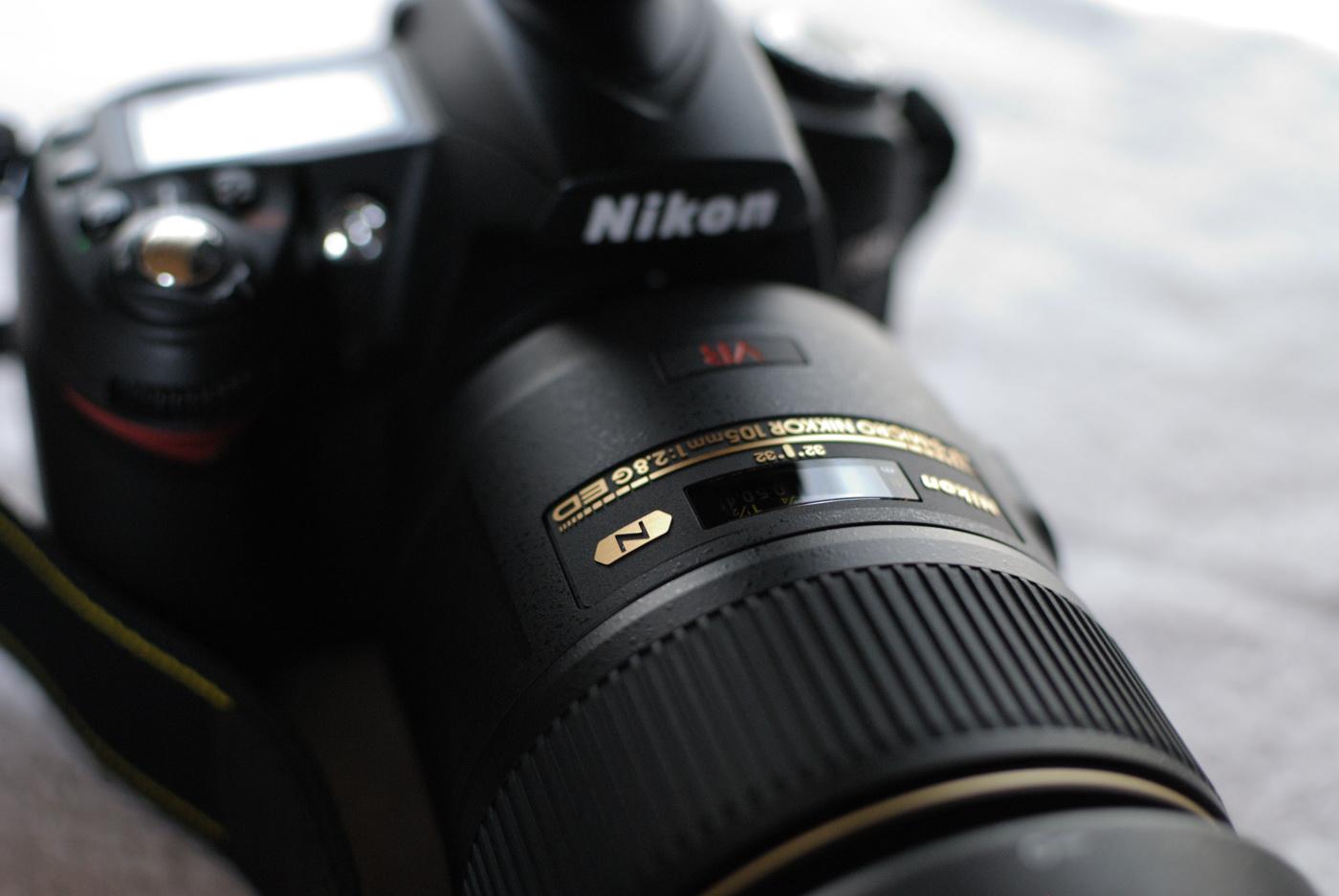 Nikon D90とAF-S VR Micro-Nikkor ED 105mm F2.8G (IF)