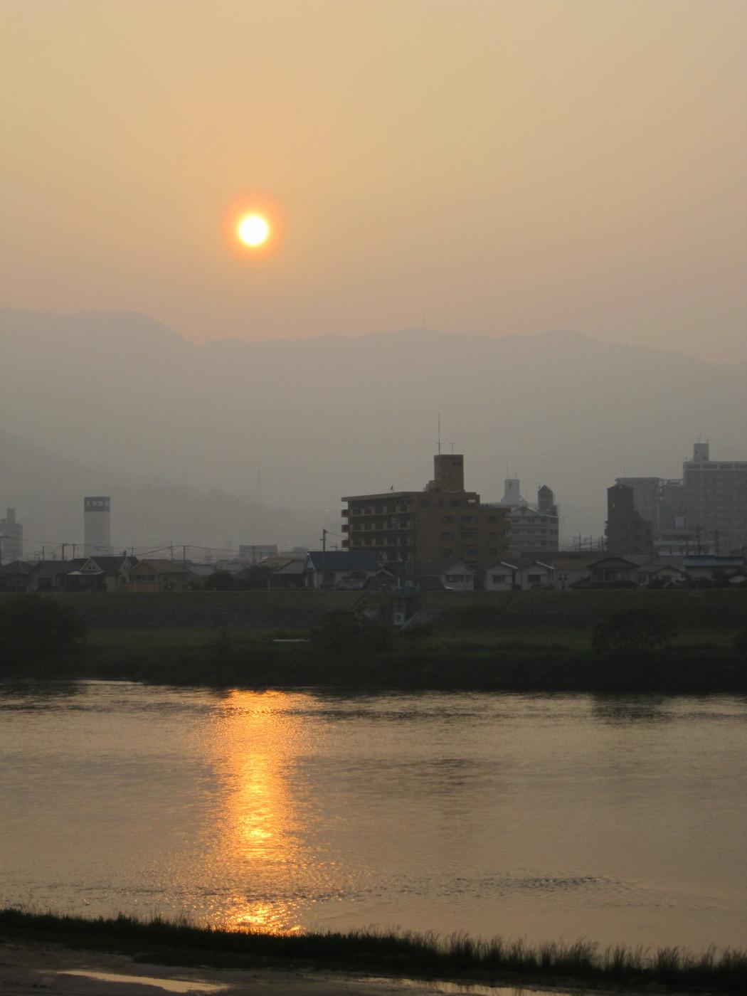 コンデジで夕日
