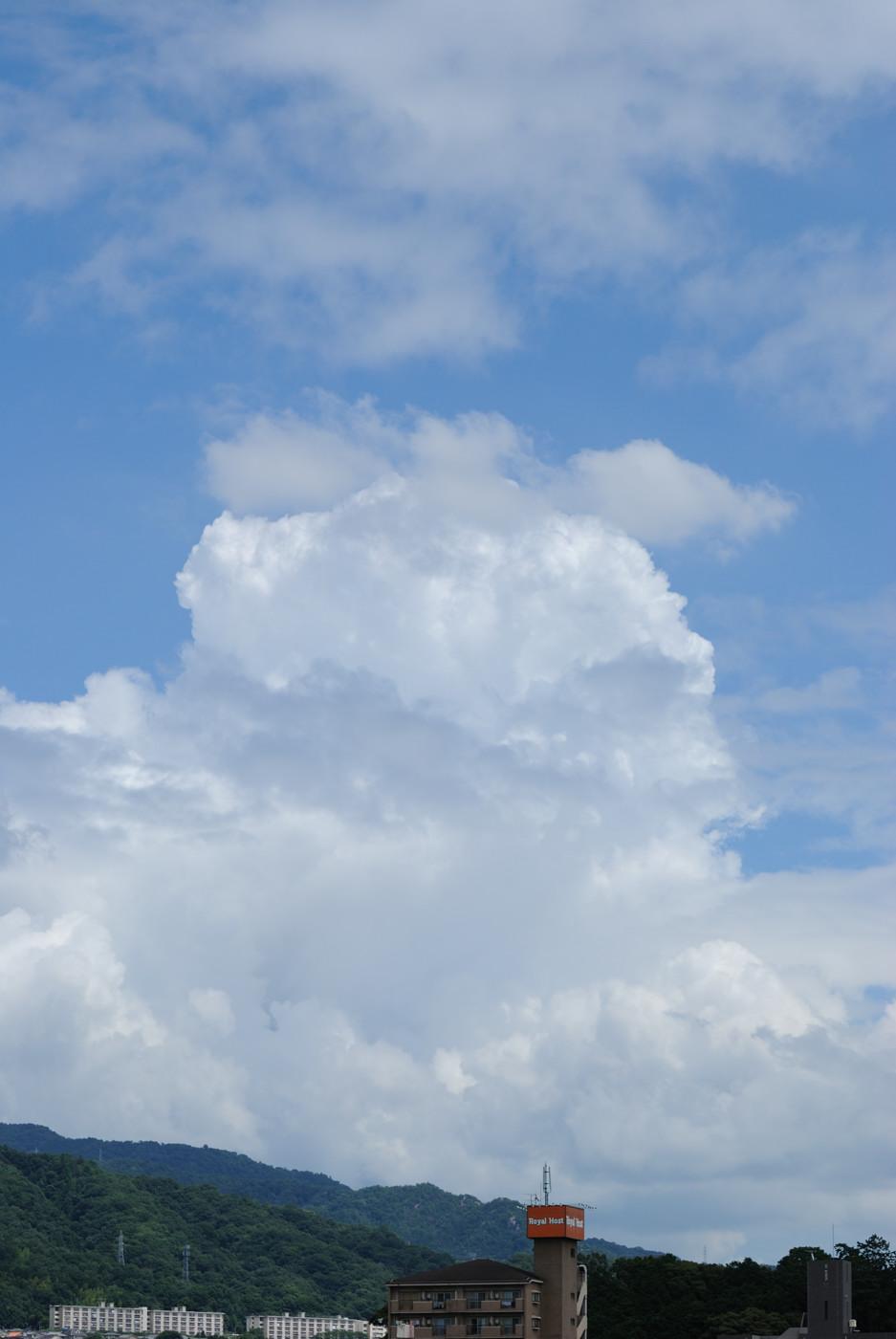 続・夏らしい雲