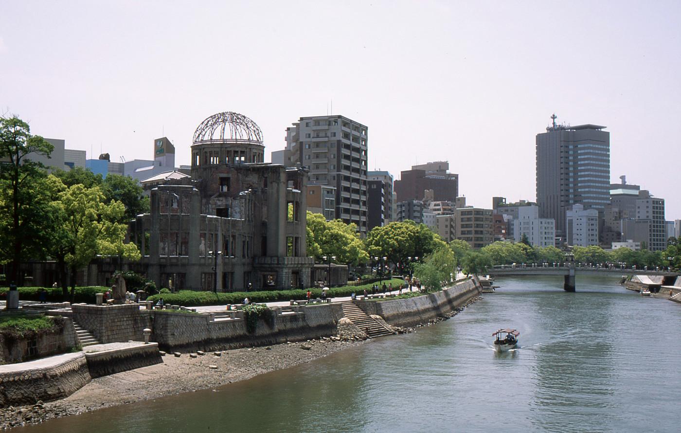 原爆ドームでゲソ
